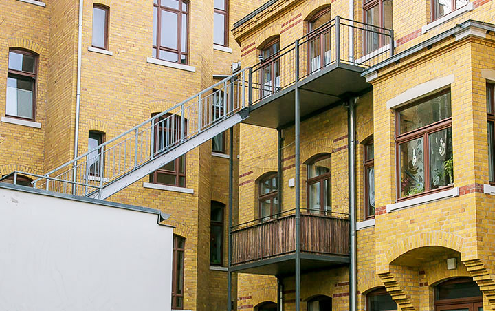 IKS Henricistrasse 5 Balkone